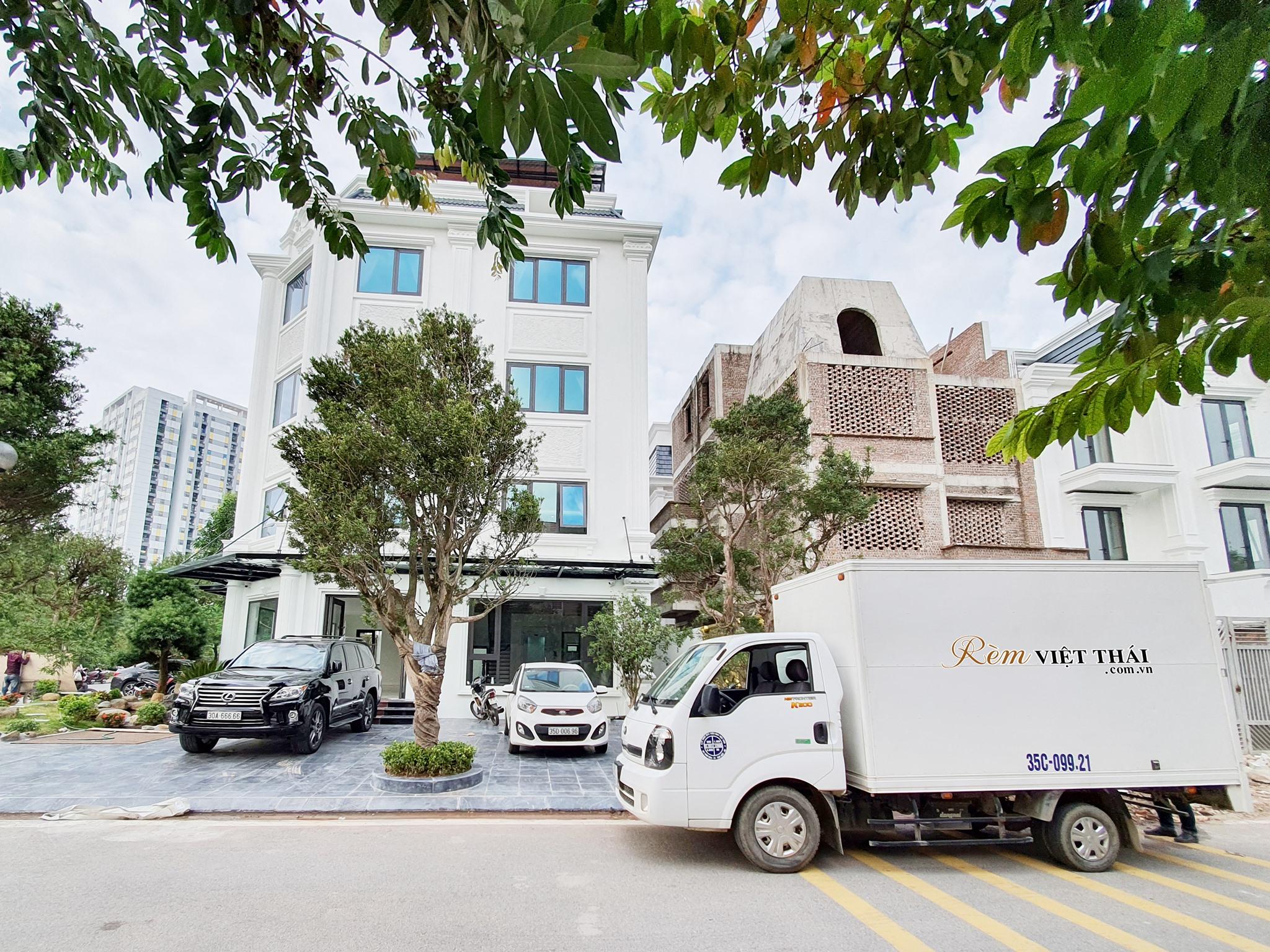 Thi công rèm cửa Biệt thự Bán đảo Linh Đàm – Rèm Việt Thái Ninh Bình